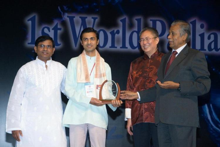 Darryl receiving award